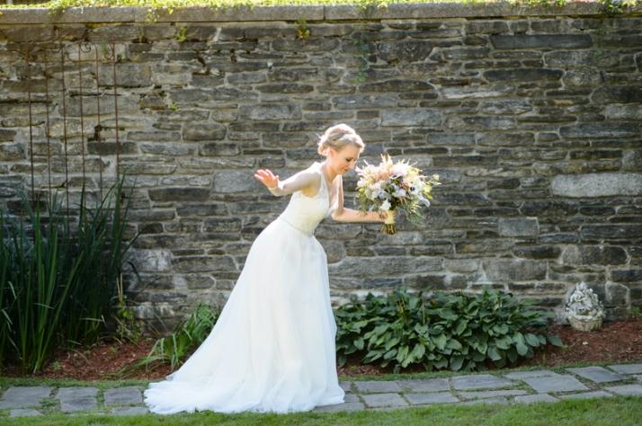 Oops! American Wedding